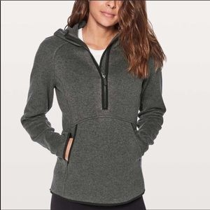Brand new Lululemon Jacket Quarter ZIP